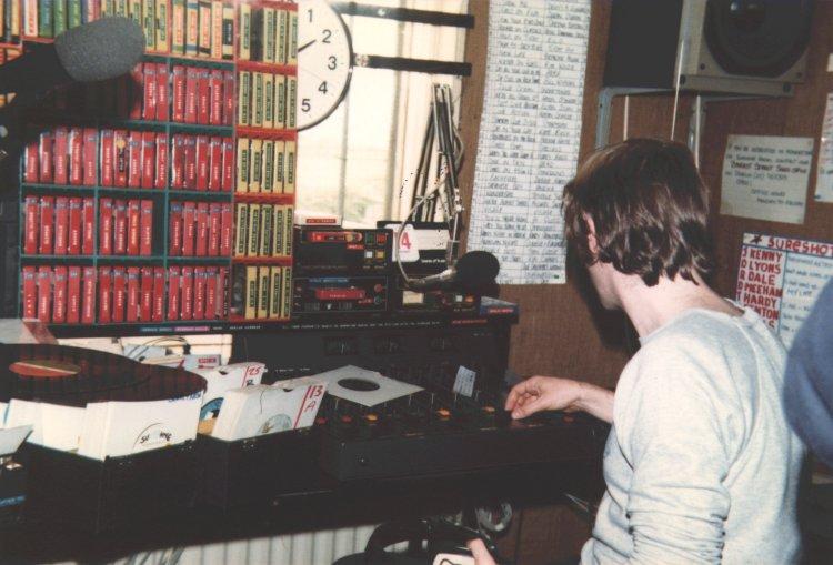 More Jason Maine on early Sunshine Radio